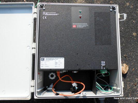 NEMA enclosed hub mount dehydrator