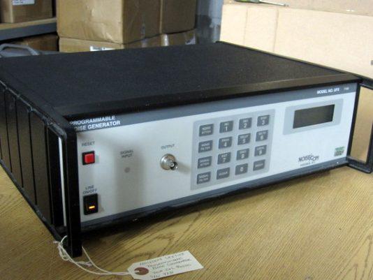 100Hz-500MHz Programmable Noise Generator